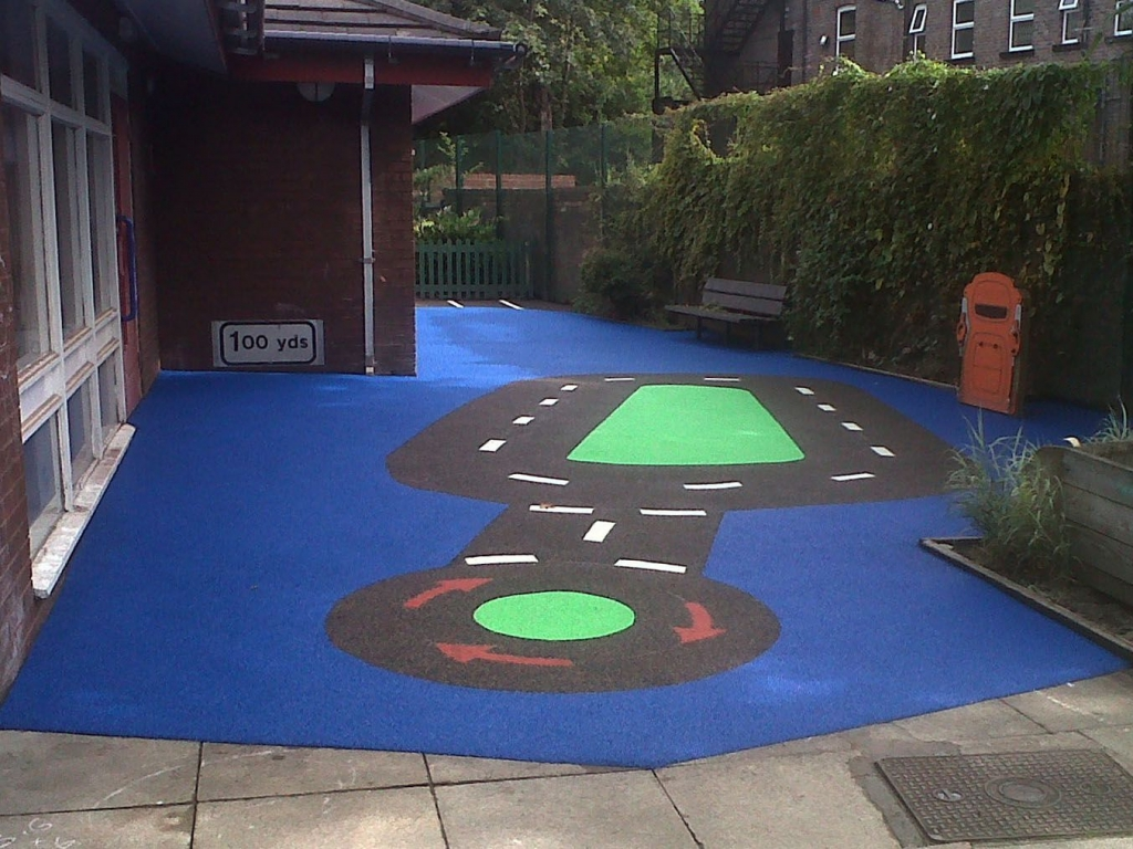 Detailed road markings in wet pour